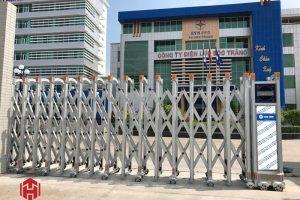 Báo giá cửa cổng xếp hợp kim nhôm tự động mới nhất năm 2020