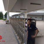 Cửa cổng xếp inox chạy điện rẻ nhất Hà Nội