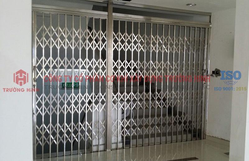 Mua cửa xếp inox 304 giá rẻ hơn 30% tại Hà Nội