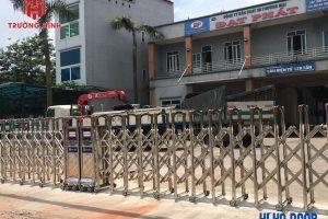 [Hình ảnh lắp đặt thực tế] Cổng xếp inox thi công tại Bắc Ninh
