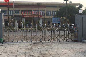 [Hình ảnh lắp đặt] Cổng xếp inox tại huyện Thanh Oai