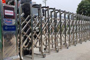Dự án lắp đặt cổng xếp inox tại KTC Hà Nội
